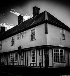 Haunted Hotels in the UK http://eerieplace.com/haunted-hotels-uk/