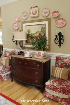 A Southern Home Tour at The Everyday Home ....... love the color of the walls! And, the chairs ........ my favorite fabric!