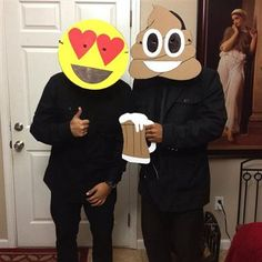 15 Emoji Costumes For Halloween