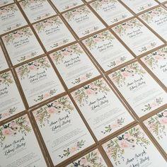 Praca wre. :-) #goodlovestudio #zaproszenia #zaproszeniaslubne #projektindywidualny #slub #slubne #wesele #wedding #weddingstationery #weddinginvitations #zaproszeniaslubnewkwiaty #zaproszeniarustykalne