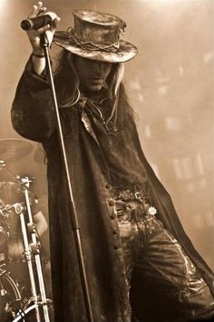 Carl McCoy, frontman for the band 'Fields of the Nephilim'. Goth Music, Fantasy Male, Steampunk Costume, Victorian Steampunk, Jim Morrison, Post Punk, Dieselpunk, Burning Man, Mannequins