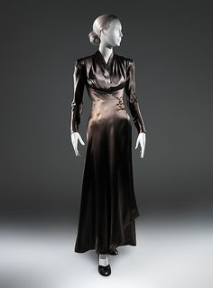 Dinner dress Designer: Charles James (American, born Great Britain, 1906–1978) Date: 1939 Culture: American Medium: silk, synthetic