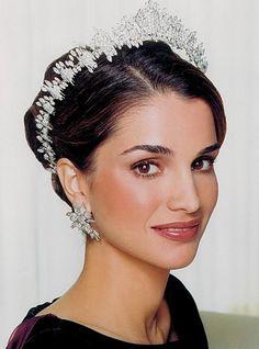 Queen Rania of Jordan wearing wearing the tiara of Princess Haya, her sister-in-law