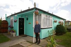 Prefabs in peril: Britain's largest remaining estate of the postwar homes is under threat - Property - House & Home - The Independent Prefabricated Houses, Prefab Homes, Prefab Buildings, Tiny Homes, London History, Local History, Liverpool History, Uk History, British History