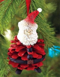 2013 Christmas Pinecone Crafts, Christmas Santa Pinecone Crafts idea, 2013 Christmas Pine cone ornaments DIY #Pinecone #Crafts #For #2013 #Christmas www.loveitsomuch.com