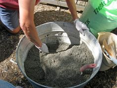 Hypertufa- (3) Dry mix is very lightweight