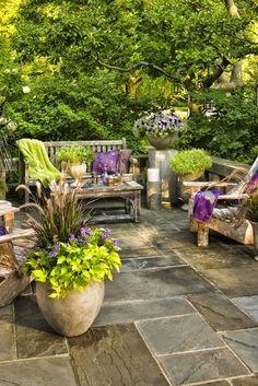lovely garden space ~ Ana Rosa
