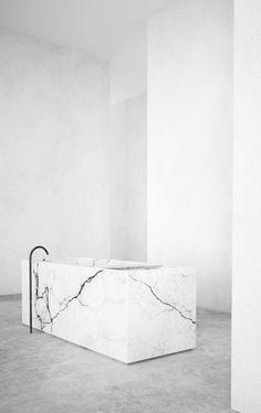 Nieuwe trend beton(look) in combinatie met marmer(look)!! grtz molitli interieurmakers.nl