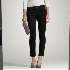 J. Crew matchstick black cropped jeans size 29S These jeans are in great condition! 24 inch inseam. 8 inch rise. 16 inches across the waist. Smoke free pet free home. 99% cotton 1% spandex. J. Crew Jeans Ankle & Cropped