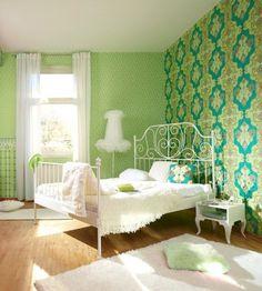 Wow, tolle Ornamente in grün - Tapetenidee fürs Schlafzimmer