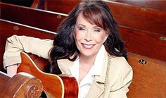 Loretta Lynn - 35 Celebrities Who Admit Support For Donald Trump | thebuzzfiles | Page 29
