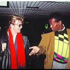 David Bowie and Luther Vandross. Bowie attributes Vandross with teaching him to sing Soul and RnB. David Bowie, Luther Vandross, Bowie Starman, Major Tom, Ziggy Stardust, Rock Legends, Lets Dance, David Jones, Classic Rock