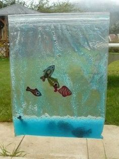 "Aquarium tactile On the theme ""April and its fish"", I proposed to the toddlers a sensory a Montessori Activities, Infant Activities, Summer Activities, Ocean Activities, Baby Sensory, Sensory Play, Diy For Kids, Crafts For Kids, Ocean Crafts"