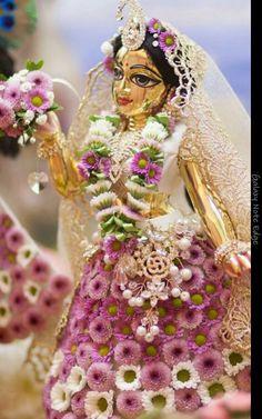 Radharani adorned with flowers Jai Shree Radhe Krishna Lord Krishna Images, Radha Krishna Pictures, Krishna Photos, Shree Krishna Wallpapers, Radha Krishna Wallpaper, Jai Shree Krishna, Krishna Radha, Jai Hanuman, Indian Goddess