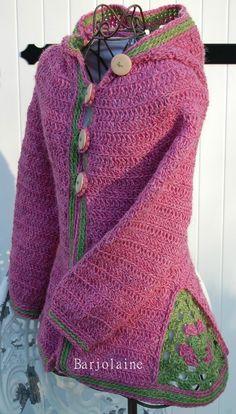 Ermeline de Sylvie Damey (http://fibrecreative.fr) est un joli mateau pour petite fille ou pour les elfes de la forêt... J'ai de...