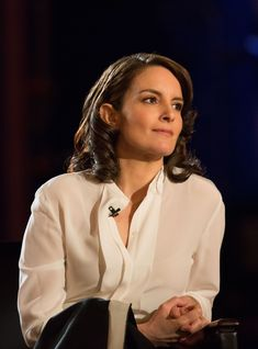Tina Fey Had The Best Reaction To David Letterman's Sexist Writers Room Short Hair Images, Foot Pictures, Tina Fey, Saturday Night Live, Hot Bikini, Sexy Feet, Sexy Body, American Actress, Comedians