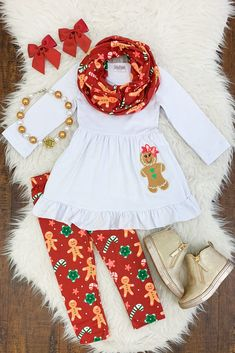 Kids Clothing Gingerbread Tunic 3 pc Scarf Set Kids ClothingSource : Gingerbread Tunic 3 pc Scarf Set by sparkleinpinkit Cute Outfits For Kids, Boy Outfits, Dress Outfits, Little Fashionista, Holiday Outfits, Future Baby, Baby Love, Toddler Girl, Kids Fashion