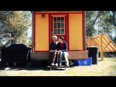Includes a great video. My favorite part is the end. ..Family of 3 Downsizes into 117 Sq. Ft. Tiny Home