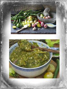 Sambal hijau Padang             100 gr Cabe hijau   80 gr Tomat hijau   30 gr Bawang merah   1 siung Bawang putih   4 Sdm minyak goreng p...