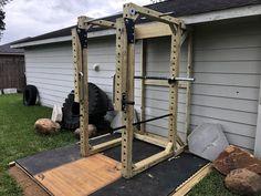 Stix and Stone | Concrete Weight Plate Molds Home Made Gym, Diy Home Gym, Gym Room At Home, Diy Gym Equipment, No Equipment Workout, Cage Crossfit, Diy Power Rack, Stix And Stones, Backyard Gym