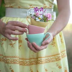Granny Pod, Granny Chic, Pink Yellow, Pink And Green, Yellow Springs, Elements Of Style, Verbena, My Tea, Simple Gifts