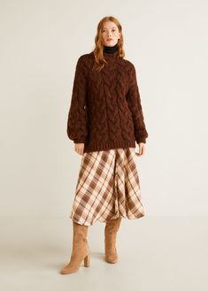 Discover the latest trends in Mango fashion, footwear and accessories. Shop the best outfits for this season at our online store. Skirts With Boots, Autumn Fashion 2018, Thick Sweaters, Mango Fashion, Wardrobe Basics, Pullover, Fashion Online, Latest Trends, Midi Skirt