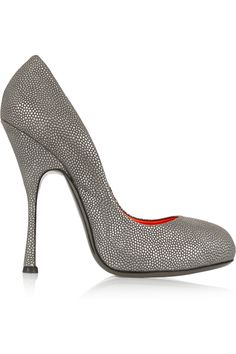 VIVIENNE WESTWOOD Skyscrapper Metallic Textured-Leather Pumps. #viviennewestwood #shoes #pumps