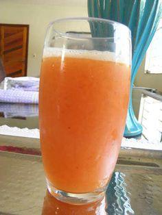 Suco de laranja com acerola - https://aquireceitas.com/suco-de-laranja-com-acerola