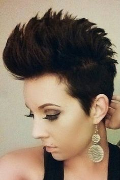 A nice mix of beautiful short hairstyles