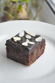 Plymouth Half Marathon | Chocolate Sweet Potato Brownies/Cake with an Avocado Frosting « *Kung Fu* 功夫 Café