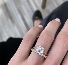 Cushion Cut Engagement Ring, Beautiful Engagement Rings, Wedding Engagement, Wedding Bands, Classic Wedding Rings, Ring Ring, Dream Ring, Diamond Are A Girls Best Friend, Future Husband