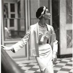 Bettina, photo Frances McLaughlin-Gill, Christian Dior 1950 - (See more at: http://leblogdesovena.com/bettina-50s-style-icone/#sthash.NaH0AxY8.dpuf)