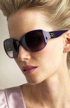 Like all Fendi products, the Fendi eyewear is world famous because of charming Italian design, skittish luxury and decorative originality.