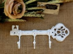 cast-iron-key-hook-shabby-chic-decor