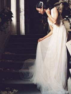 10 Artistic Fine Art Bridal Portraits inspired by Still Life Paintings   Laura Gordon Photography