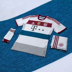 Segunda camiseta del Bayern Munich 2014 15 Kits De Futebol b343cbba8fbcd
