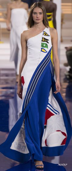 Ralph Lauren Fall 2018_ Vogue-Runway