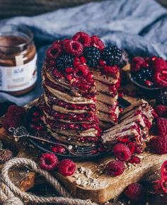 Almond Pancakes with hot raspberries and almond cream - Bianca Zapatka Raspberry Pancakes, Almond Pancakes, Big Chocolate, Melting Chocolate, Cinnamon Oil, Almond Cream, Snacks, Nut Butter, Almond Flour