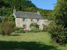 Castle Menzies Farm Holiday Cottages In Highland Perthshire, the Heartland of Scotland