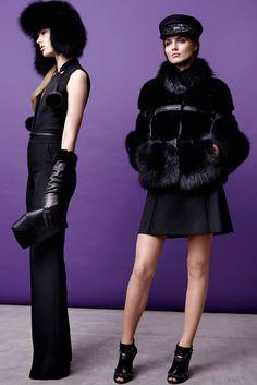 Elie Saab Parigi - Pre-Fall - Shows - Vogue. Fur Fashion, Fashion Week, Winter Fashion, Fashion Show, Fashion Design, Runway Fashion, Dope Fashion, Trend Council, Fox Fur Jacket
