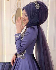 Fancy Hijab Accessories Fashion for Formal Function – Girls Hijab Style & Hijab Fashion Ideas Muslim Wedding Dresses, Muslim Brides, Muslim Dress, Muslim Girls, Bridal Hijab, Hijab Bride, Girl Hijab, Islamic Fashion, Muslim Fashion