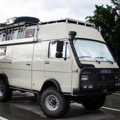Another pic of this amazing rig! #volkswagen #vw #lt35 #expedition #overlanding…