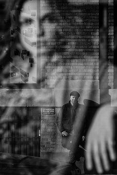 Barry Yanowitz - Face to Face, New York City, 2011 Conceptual Photography, Monochrome Photography, Black And White Photography, Street Photography, Portrait Photography, Clothing Photography, Beautiful World, Beautiful Images, Soho