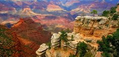 VIP Luxury Private Group Tour to the Grand Canyon from Sedona, Arizona designed for families, friends and corporate groups that prefer privacy and the most memorable experience touring in a custom Mercedes Benz van for tour comfort.