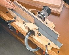 shop-built router jointer woodworking plan