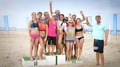 Gerade war es noch leer schon jetzt sind die ersten Sieger auf unserem Podium zu sehen! Die Gewinner unserer Paradise-League von Montag Alexandra & Ksenia bei dem Damen und Tomas & Macke bei den Herren. Herzlichen Glückwunsch. #sunsationbeach #beachcampspanien