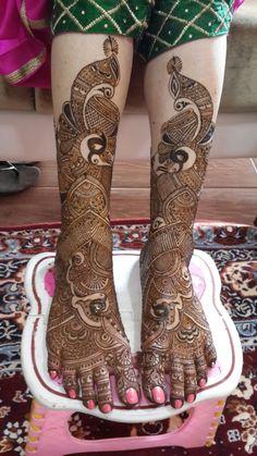 Neha's Mehndi, Bridal Mehndi Artist in Mumbai Wedding Henna Designs, Latest Bridal Mehndi Designs, Indian Mehndi Designs, Mehndi Designs For Girls, Stylish Mehndi Designs, Legs Mehndi Design, Mehndi Design Pictures, Mehendi, Mehendhi Designs