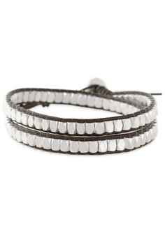 Look boho chic with this brown leather & silver beaded Nugget Wrap Bracelet from Stella & Dot. Silver Bangles, Silver Beads, Silver Jewelry, Stella And Dot Bracelet, Stella And Dot Jewelry, Stella Dot, Beaded Wrap Bracelets, Bangle Bracelets, Leather Bracelets