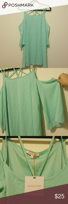 DailyLook Off the Shoulder Dress Size S Off the Shoulder Strappy Dress. Color Mint/Teal. Size S. Will not fit size D bust. dailylook Dresses