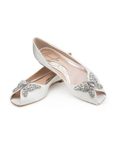 The perfect shoe for any fashionable bride! From London based designer, Aruna Seth Liana Crystal Butterfly Peep toe Satin Bridal Shoes are gorgeous!
